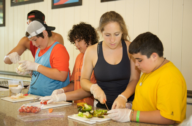 Nutritional education and cooking classes help kids and teens at the best summer weight loss camp